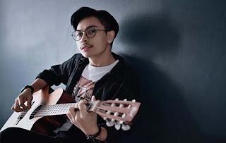 Billy Joe Ava Bawa Gitar