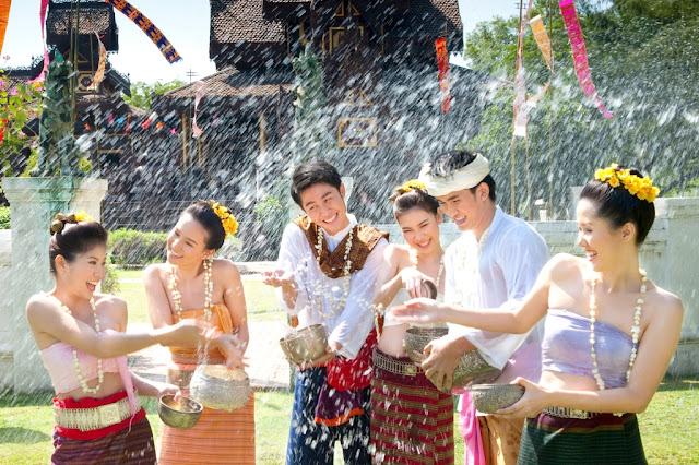Hướng dẫn tham gia và dự lễ hội té nước tại Thái Lan