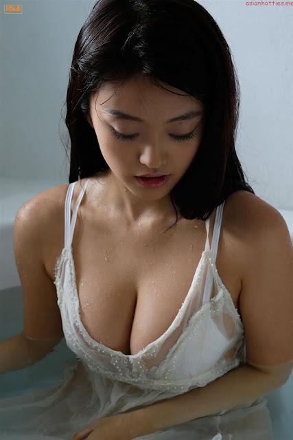 Hot girls Mari Yamachi japanese porn model 4