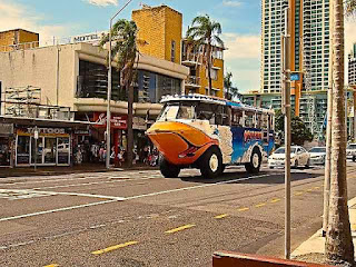 Quark a Duck driving Down Surfers Paradise Blvd Surfers Paradise Year 2012