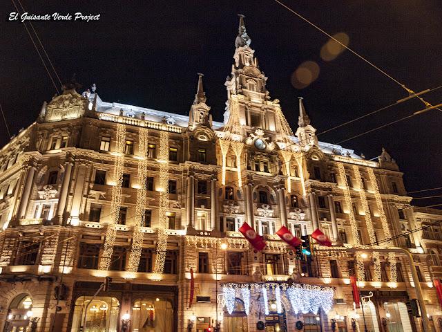 Navidad en el Café New York - Budapest, Hungria por El Guisante Verde Project