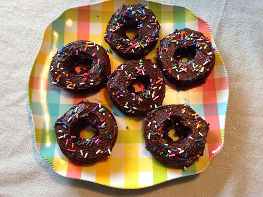 Pro-Gourmand: Double Chocolate Donuts!