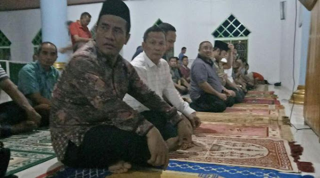 H.Isam Sumbang 500 Juta Masjid Jami Hikmah