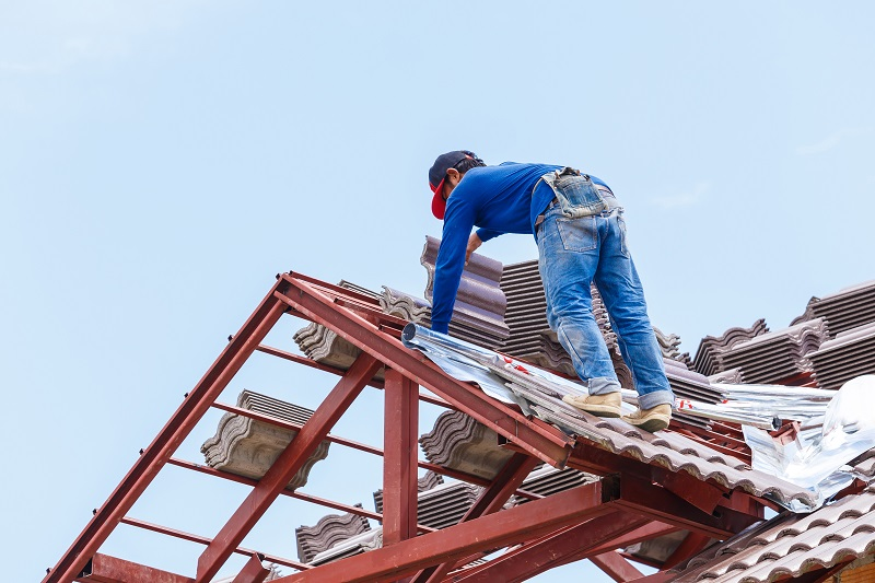 Think Twice Before Hiring The Contractor For Roof Repairs Or Roofing 2