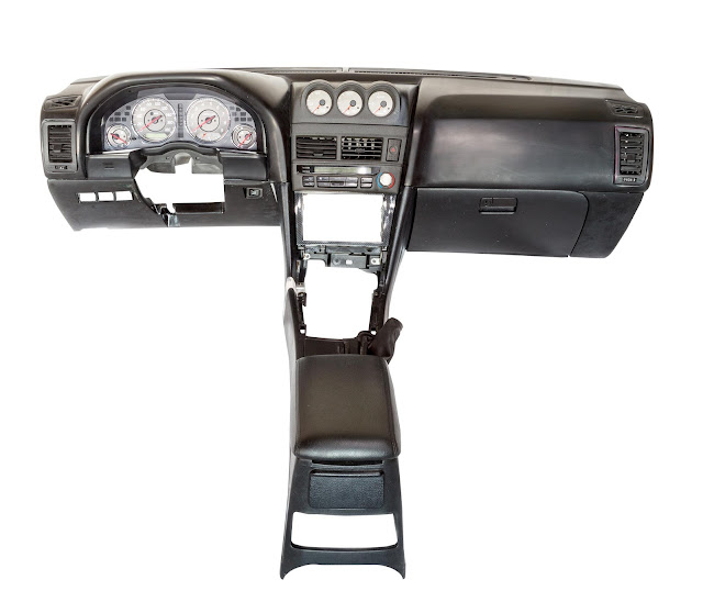 R34 Nissan Skyline Left Hand Drive Dashboard For Sale