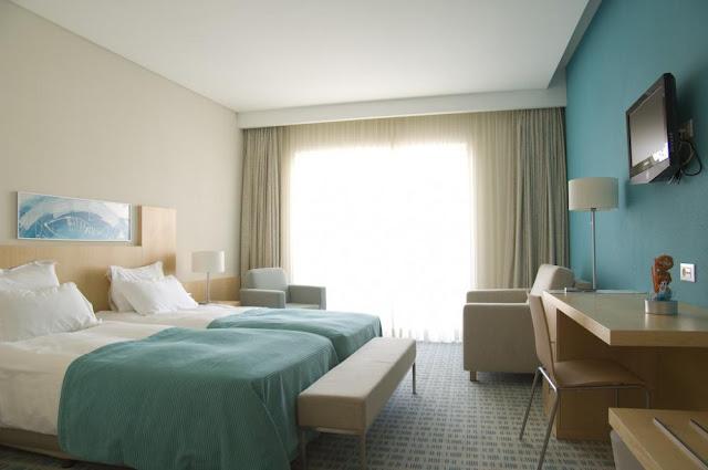 Hotel Praia em Nazaré - quarto