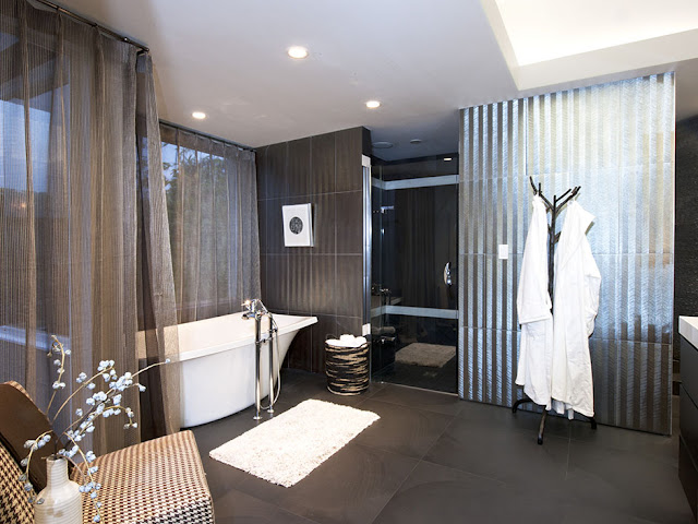 Picture of modern dark bathroom in the guest house