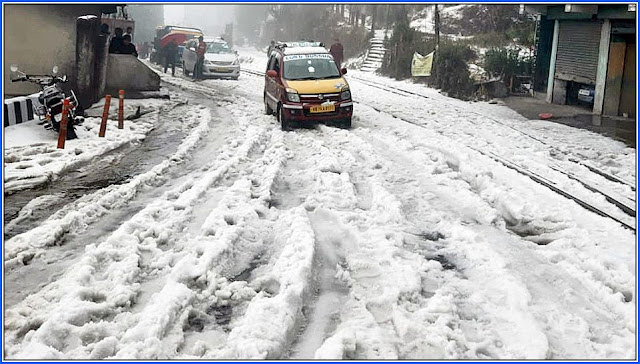 Road in Darjeeling covered with Massive Hailstones