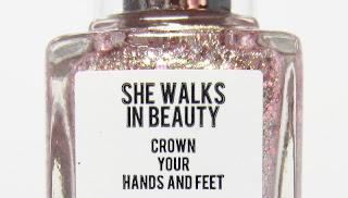 A England • She Walks In Beauty