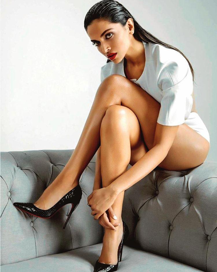 Deepika Padukone Sizzling Photoshoot Images