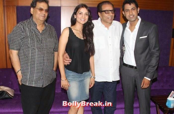 Subhash Ghai, Kulraj Randhawa, Dharmendra, Gippy Grewal, Pics from Punjabi Movie 'Double Di Trouble' Special Screening