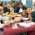 Barakaldeses de distinto origen y culturas comparten comida en Rontegi