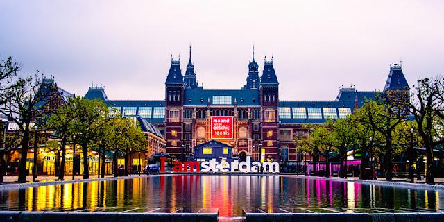 Hotéis bons e baratos em Amsterdã