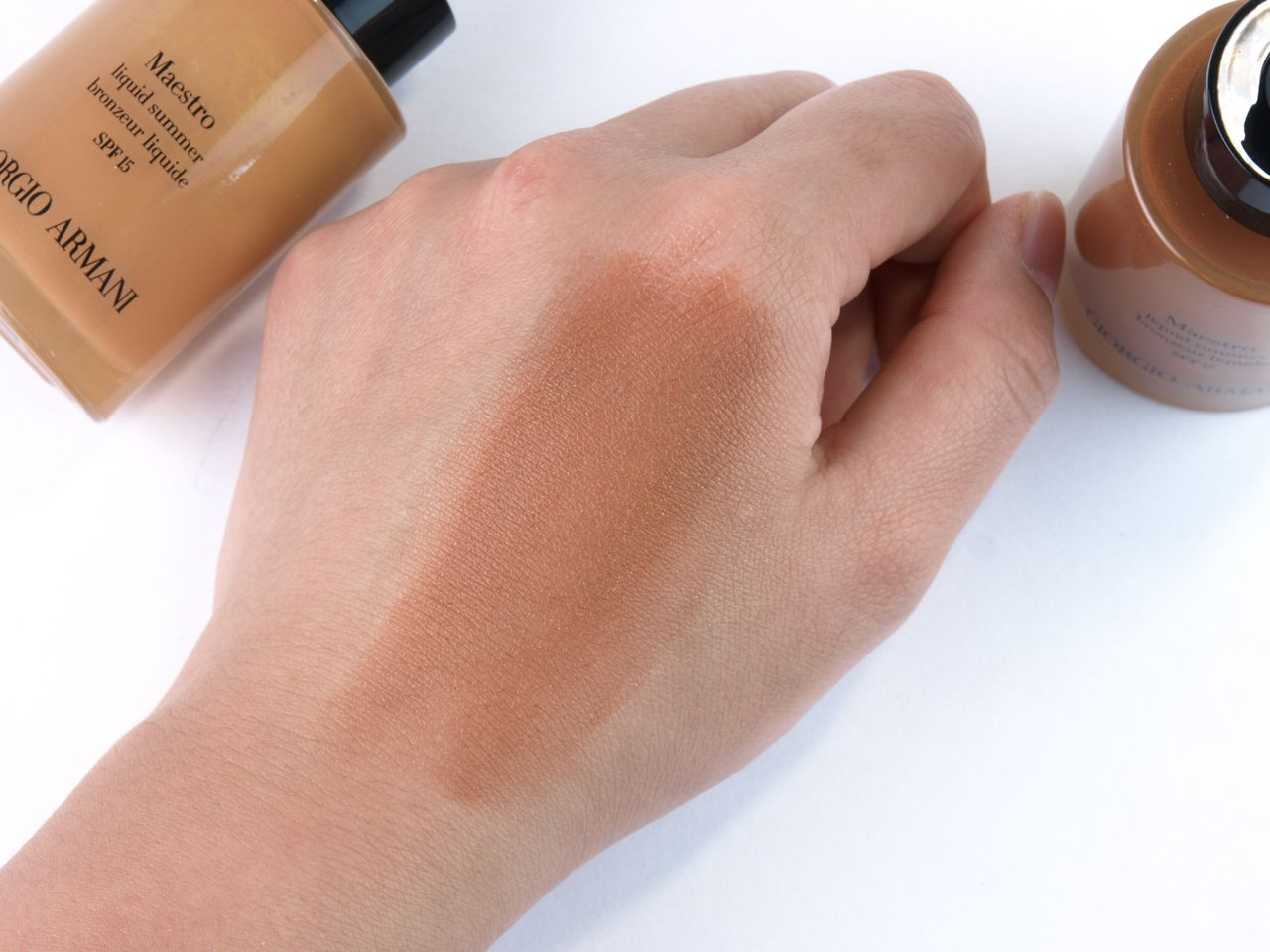"Giorgio Armani Maestro Liquid Summer Bronzer in ""90"" & ""110"": Review and Swatches"