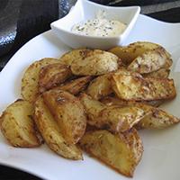 http://recetasoriginalesblog.blogspot.com.es/2016/10/patatas-gajo-deluxe-horno.html