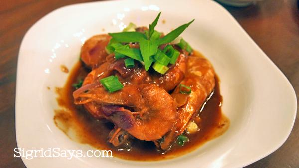 shrimp in tamarind sauce