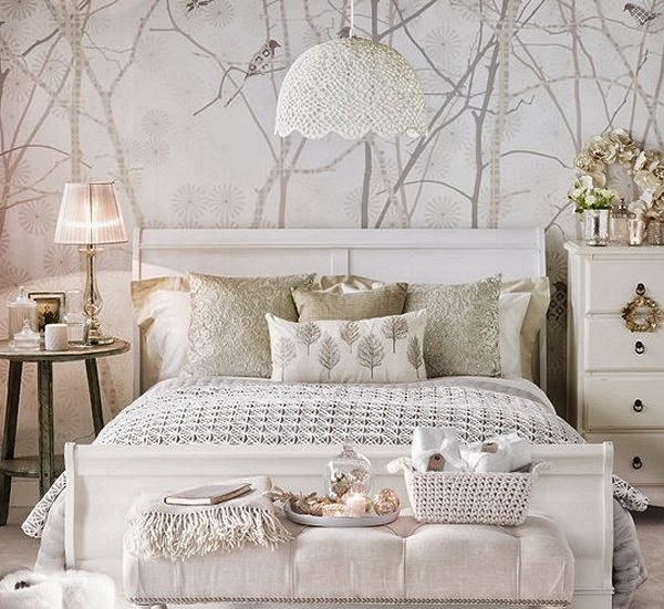 White Bedroom Decorating Snow Queen Style Princess Themed Winter Bedrooms Decorative Snowflakes Frozen Elsa