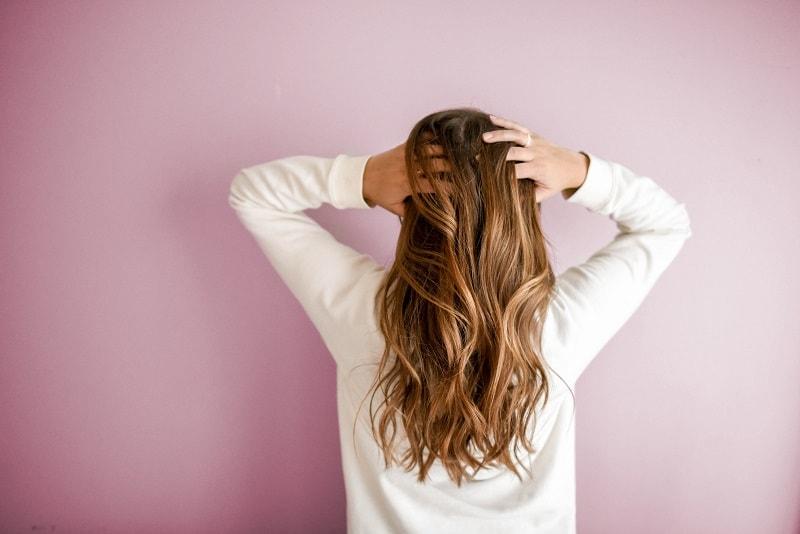 كيفية علاج تساقط الشعر؟