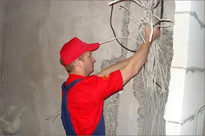 Второй этап - покупка материалов и демонтаж старой проводки
