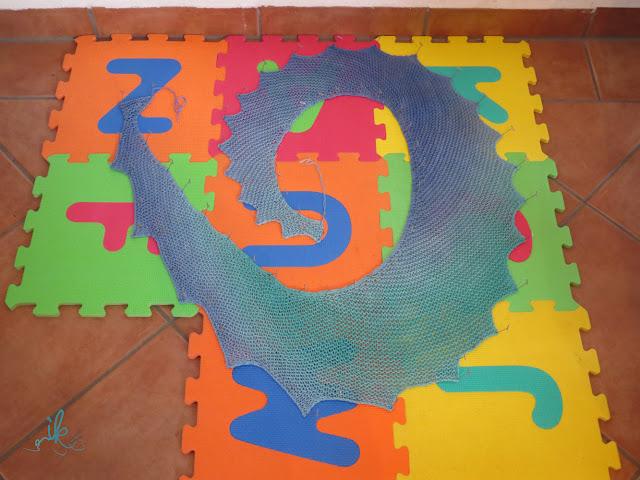 Drachenschwanz oder Drachenschal stricken und spannen