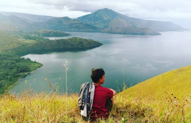 Wisata Perbukitan Cantik di Danau Toba Sumatera