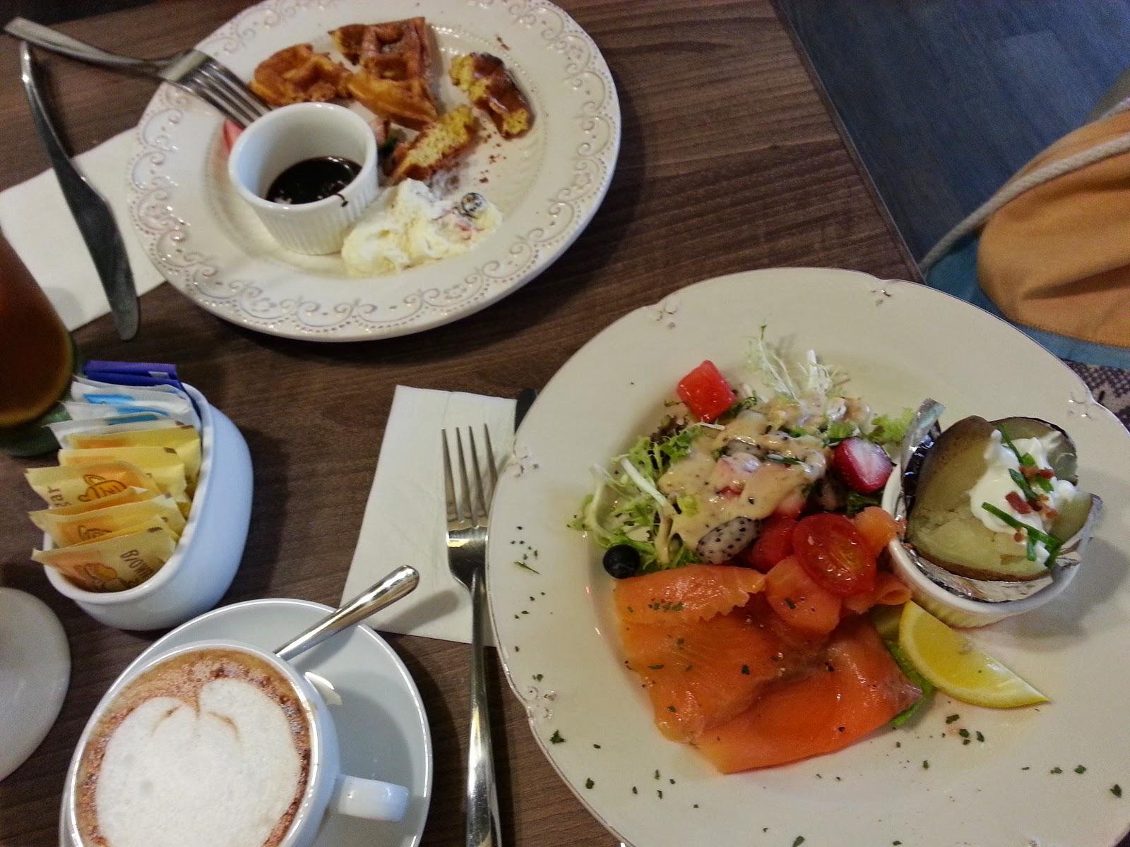 Girls Talk High Tea 推介: Fine Day Cafe - 朱古力窩夫 @ 尖沙咀柯士甸路 @ Double Cream 的交換日記 - Double Cream Sharing Blog for ...