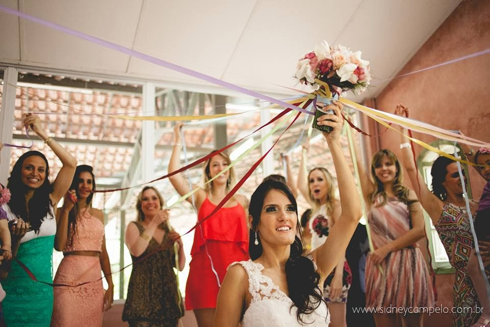 romantico-festa-bouquet-fitas-solteiras