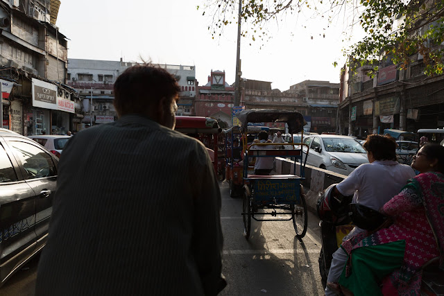 rickshaw ride bazaars lanes old delhi india