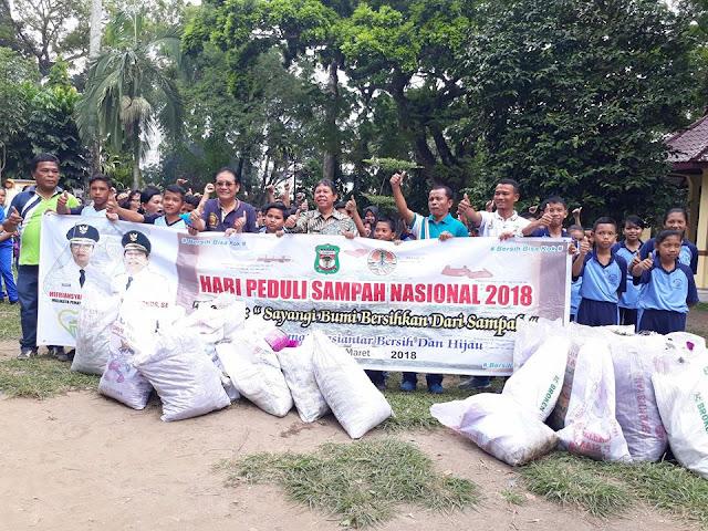 HPSN, Dinas Lingkungan Hidup Gandeng Ratusan Pelajar SMP dan SD Pungut Sampah