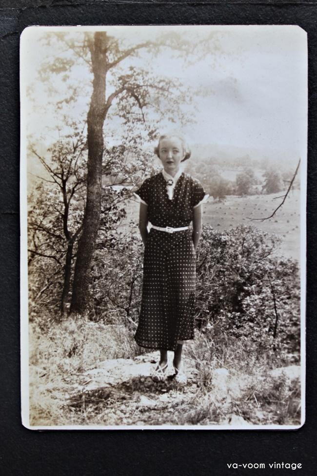 1930s fashion in family photos via va voom vintage
