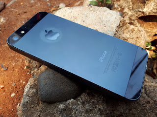 iPhone 5 32GB Black Seken 4G LTE Mulus Normal