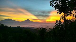 Punthuk Setumbu Nirwana Sunrise
