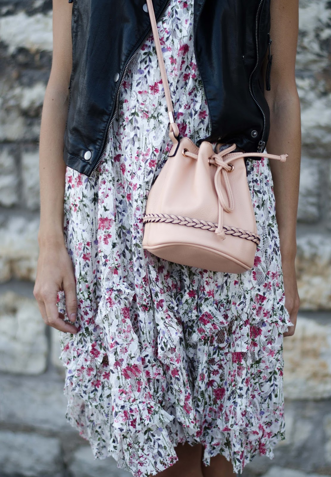 mango floral dress hm pink mini bucket bag