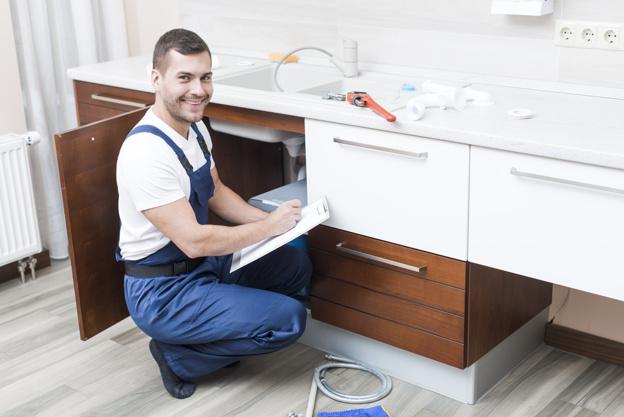 Услуги сантехника в районе Обручевский