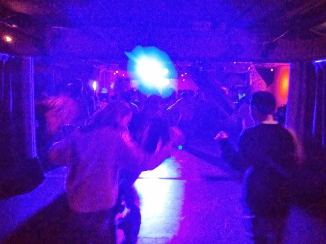 六本木トリプルトゥエンティのダンスフロア。オープニングパーティ凄く盛り上がってました。