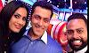 omg !! i love this salman khan selfie with kamya and andy 😍💁 Salman, salman khan, Khan, being human, bollywood, mumbai, India, actor, kamya punjabi, Andy, Handsome, Dash Ing, bigg boss,