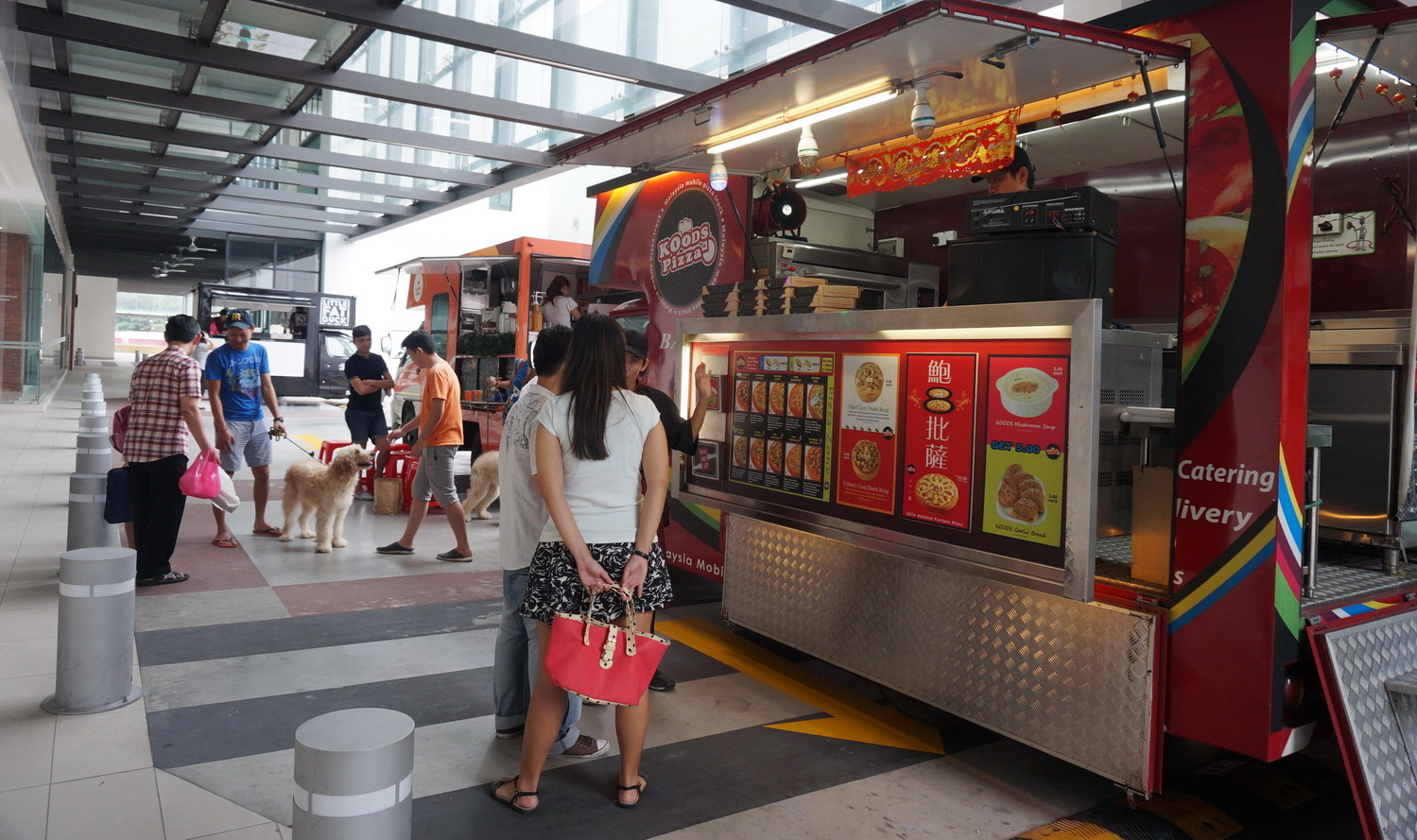 Foodie Food Truck Series Clematis