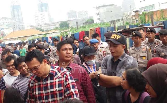 Lagi, Ahok Ditolak Warga Saat Blusukan Kampanye, 60 Polisi Berjaga-Jaga : Detikberita.co Terhangat Hari Ini