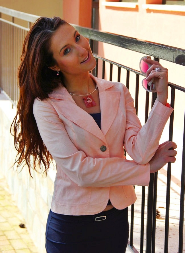 blush pink woman blazer for spring and summer