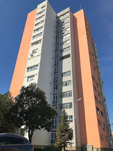 Жилищна сграда в Ямбол