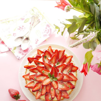 Quick n' Easy Mother's Day Brunch Recipes & Tablescape Ideas