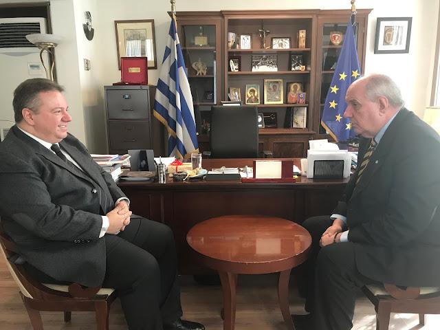 Συναντήσεις του Υφυπουργού Εξωτερικών Τέρενς Κουίκ, με τον Πρόεδρο της Ελληνικής Κοινότητας Καΐρου Χρήστο Καβαλή και τον Πρόεδρο του Ελληνικού Κέντρου Καΐρου Νικόλα Βαδή