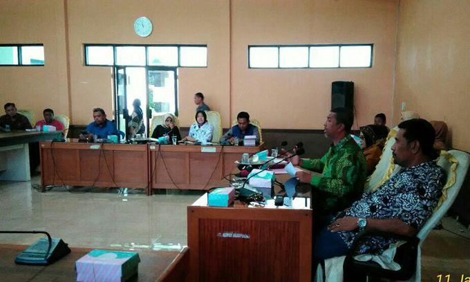 Komisi II DPRD Sinjai Gelar Rapat Kerja Bahas Fungsi Penyuluh Kecamatan
