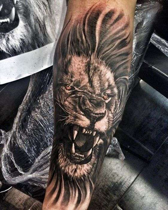tatuajes para hombres de leon rugiendo
