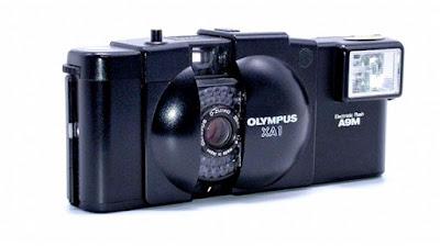 Olympus XA1, Side Front