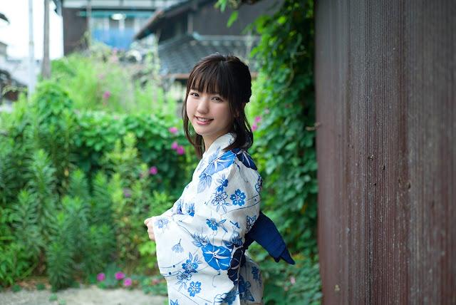Erina Mano 真野恵里菜 Photos 13