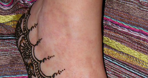 Side Feet Mehndi Designs : Mehndi design henna art: side foot no 52