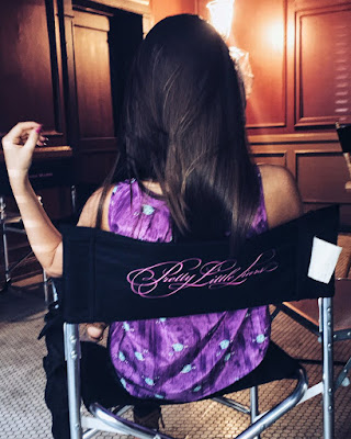 PLL 7x12 behind-the-scenes Ava Allan (Addison Derringer) on set filming