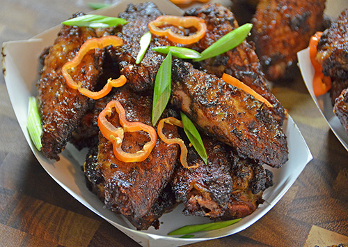 How to roast Jamaican Jerk Wings on a kamado grill