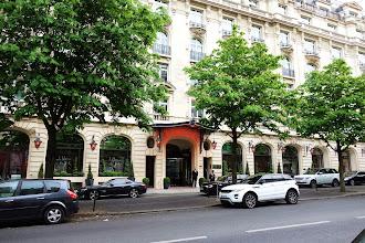 Mes Adresses : Sunday Night Film Club, le ciné-club version palace du Royal Monceau - Paris 8